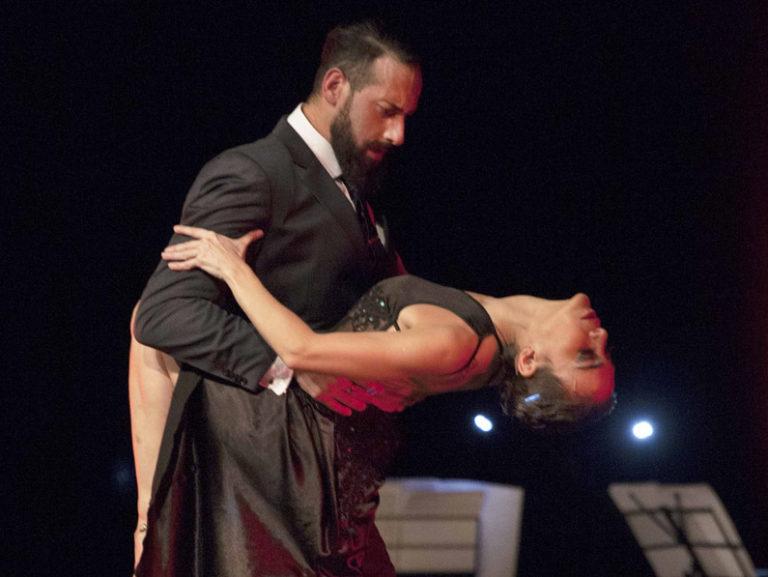 Compagnia argentina di tango